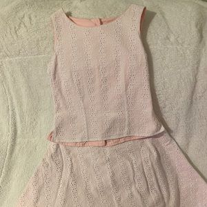 Other - Adorable white eyelet 2-piece dress lined in pink